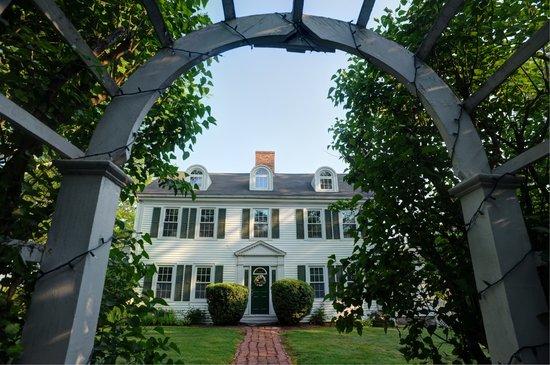 The Historic Jacob Hill Inn