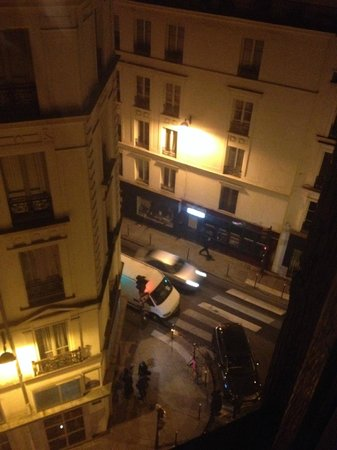 My Hotel in France le Marais by HappyCulture : vista do quarto