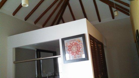 El Dorado Maroma, by Karisma : Vaulted ceiling in the bedroom 1121