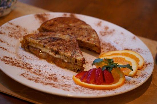 Historic Jacob Hill Inn: Cinnamon/Orange Stuffed Toast