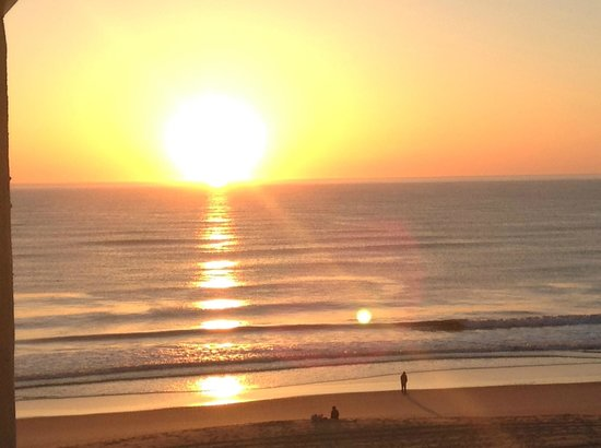 Surf Side Hotel: Sunrise over the Atlantic