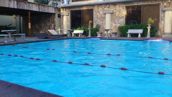 Colosseum Hotel & Fitness Club: pool