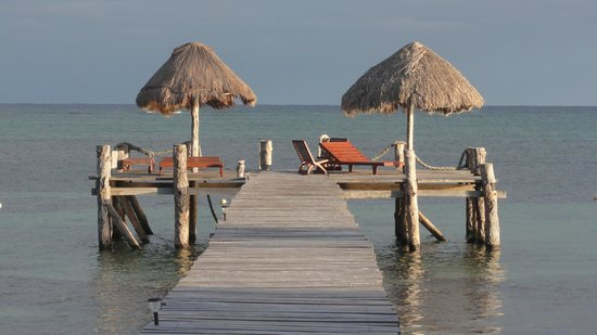 Playa Sonrisa: the dock in the afternoon