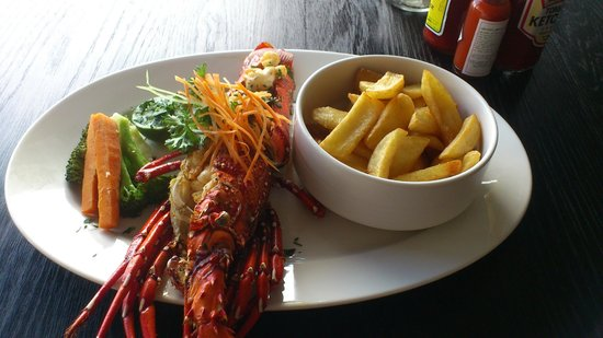 Karambezi Cafe : lobster
