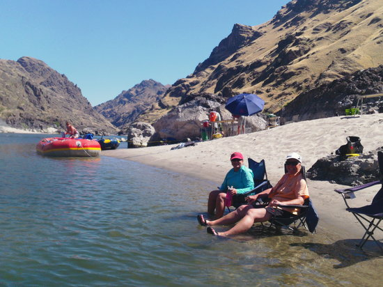 Mountain River Outfitters: Relaxing on Salmon River Sand
