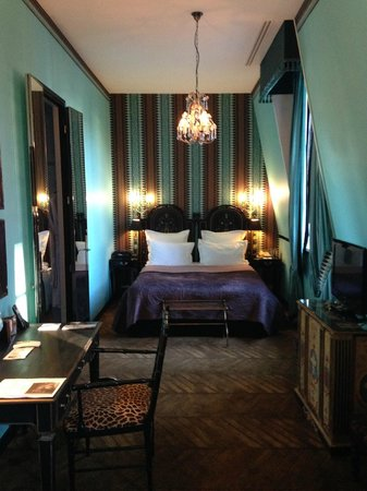 Saint James Paris - Relais et Châteaux : Beautiful room 406