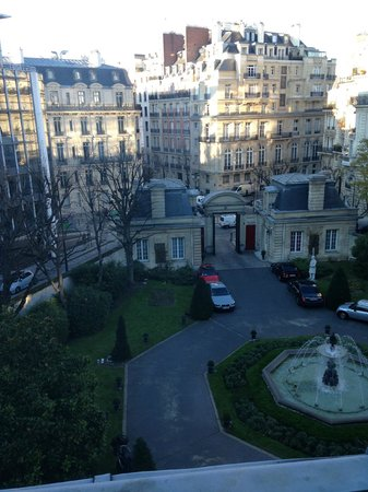 Saint James Paris - Relais et Châteaux : The view from our room