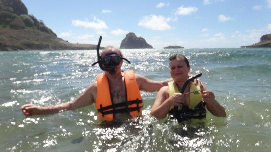 Baia do Sueste : saindo para mergulhar