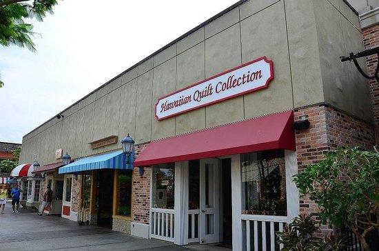 Queens' Market Place: 店舗部分は全て平屋です。