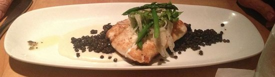 bb's: Flounder with lentils and asparagus