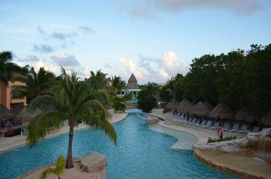 Iberostar Paraiso Maya: piscine