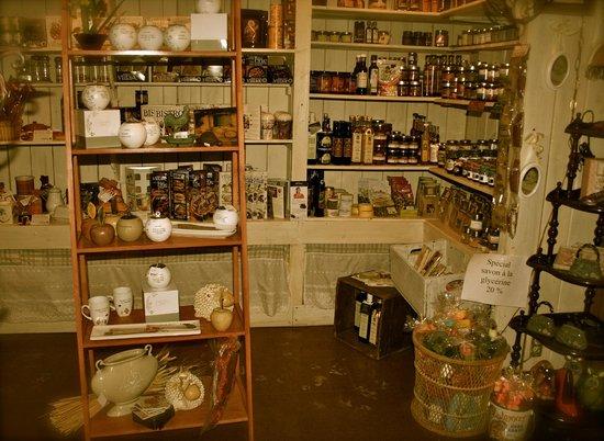 Auberge Beausejour: Quelques trouvailles de la boutique
