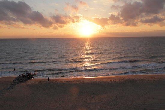 Paradise Plaza Inn: Sun Rise