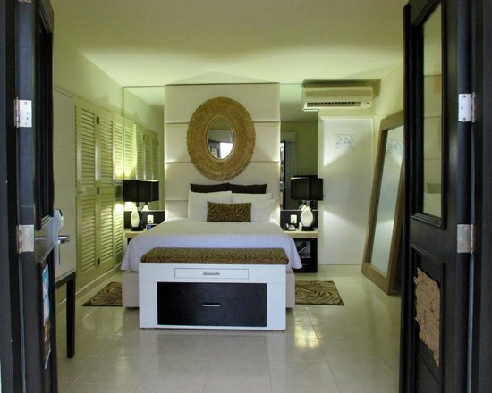 Desire Riviera Maya Resort : Our room
