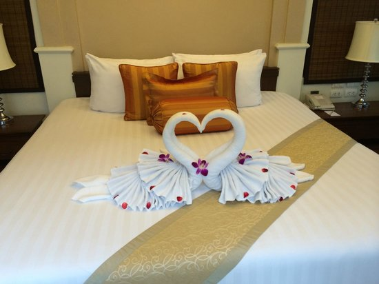 Ravindra Beach Resort & Spa: Bedroom