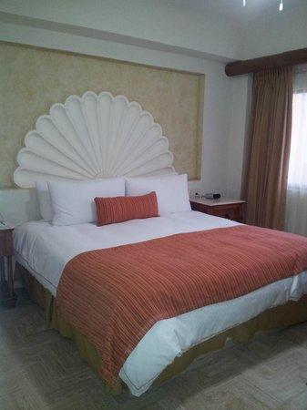 Velas Vallarta: Bedroom in 2814, a 1 bedroom villa on the 8th floor
