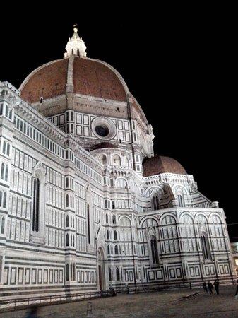 Bed and Breakfast di Piazza del Duomo: Regresando al Hotel: Il Duomo!