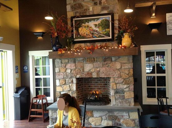 I loved the fireplace - Picture of Corner Coffee Shop, Intercourse ...