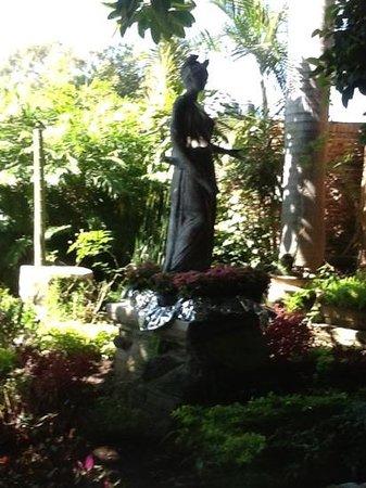 La Nueva Posada: The garden.