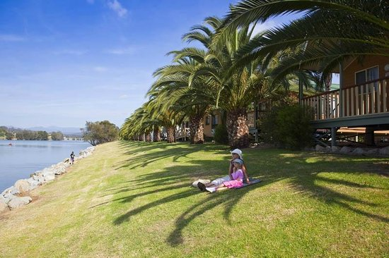 Riverbreeze Tourist Park: Relax on the banks of the Moruya River