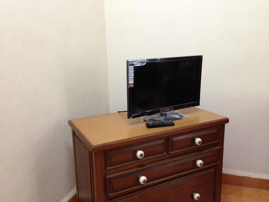 Osborne Resort Goa: TV