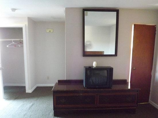 Moonlight Motel: in side the room