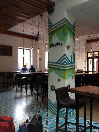 Tantalo Hotel / Kitchen / Roofbar: Lobby restaurant/bar area at Tantalo