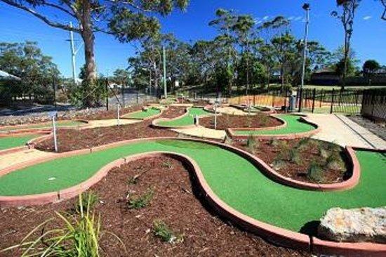 Currarong Beachside Holiday Park : Mini Golf Course