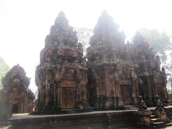 Banteay Srei : @ Baentey Srei