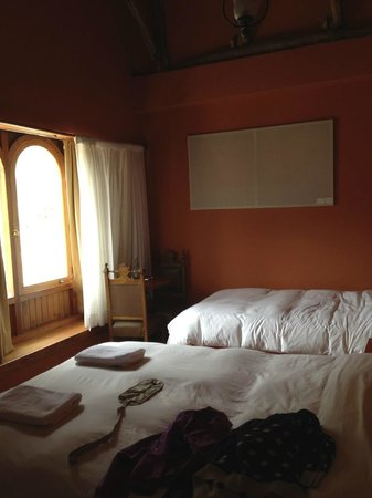 SAUCE Hostal: Double room with view