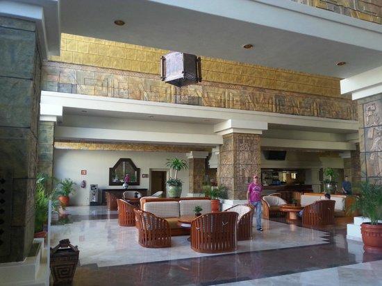 Barcelo Karmina Palace Deluxe: Lobby