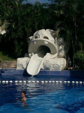 Barcelo Karmina Palace Deluxe: Waterslide