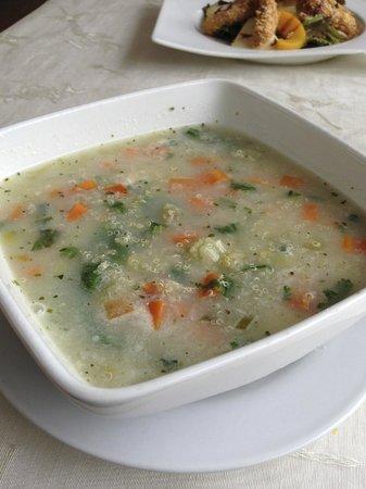 Orishas Cafe Restaurant: Quinoa soup