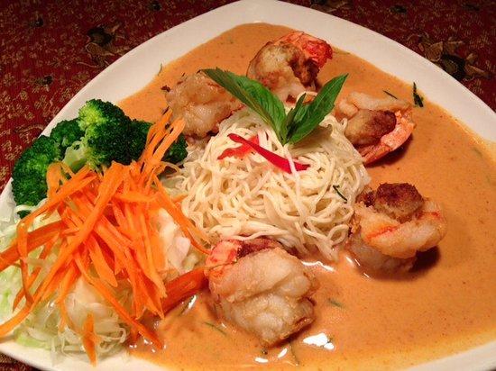 Carlisle Thai Cuisine: customer favorite !