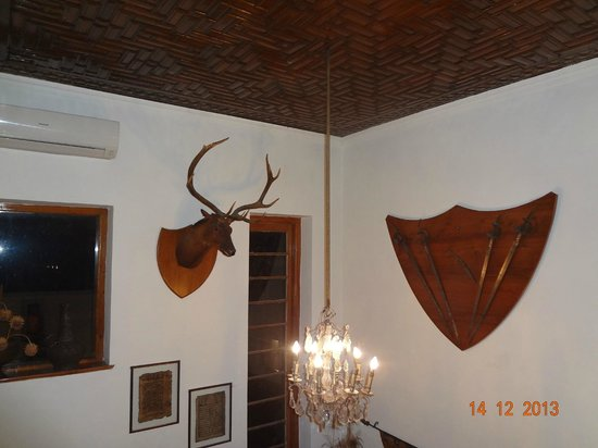 Hotel Dar-Es-Salam: Hotel decorated with antiques