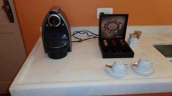 Belmond Copacabana Palace: Nespresso machine.