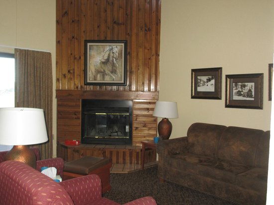 Crown Point Owners Association: Fire place in living room