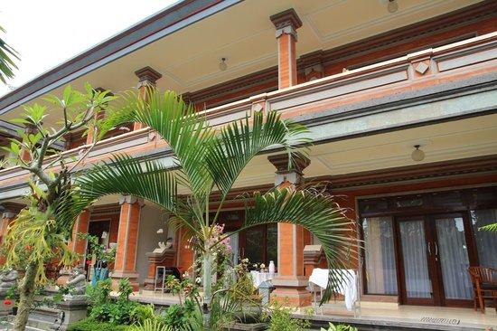 Tanah Semujan Ubud : Exterior of Stay