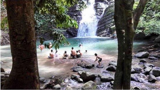 La Tierra Divina: waterfall down the road