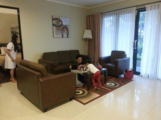 Lembang Asri: livingroom