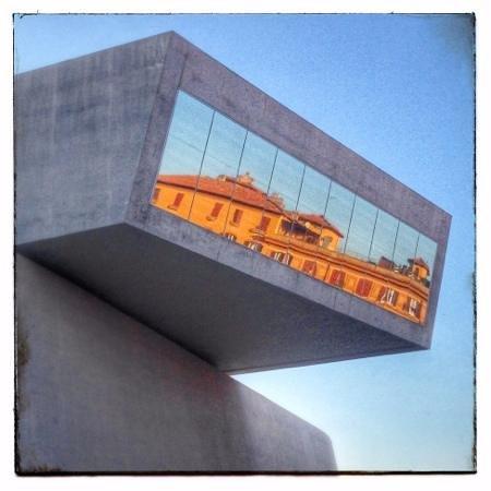 MAXXI - Museo Nazionale Delle Arti del XXI Secolo: maxxi - esterno