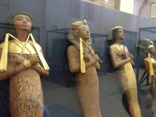 Musée égyptien du Caire : statues