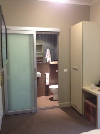 Pensione Hotel Melbourne - by 8Hotels : Toilet