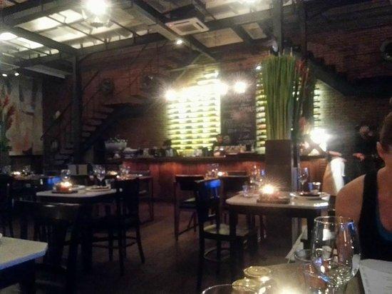Mamasan : Dining Area