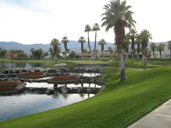 Palm and Valley Golf Courses at Desert Springs: Palm Course, 17th Hole. A beatiful par 3.