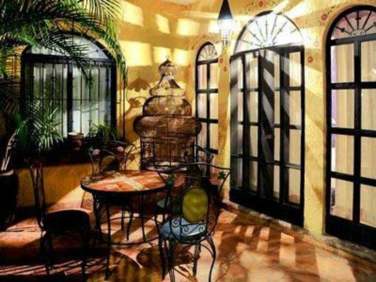 La Villa del Ensueno Hotel: Entrada de la habitacion de sección dos.