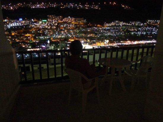 Puerto Feliz Aparthotel : Fantastisk udsigt fra balkonen