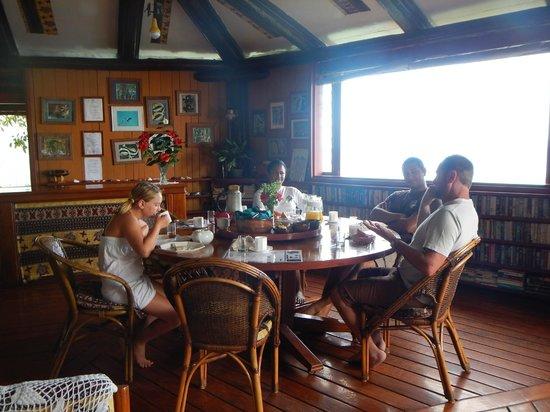 Namena Island Dive Resort: Dining Quarters