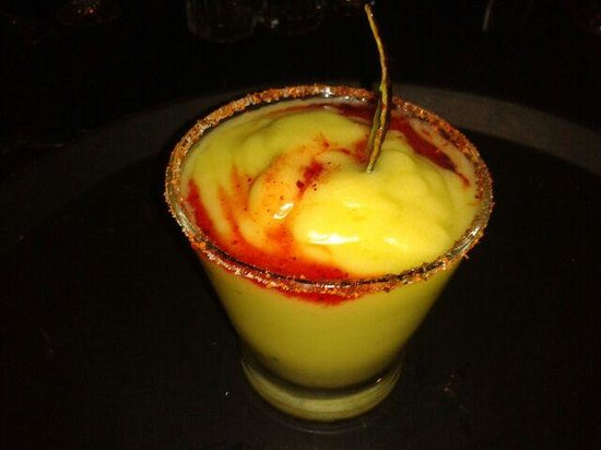 Apoala Mexican Cuisine: Margarita de Mango manila