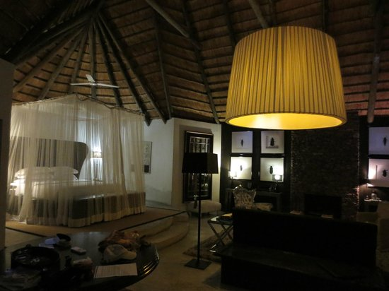 Chitwa Chitwa Private Game Reserve : Zimmer